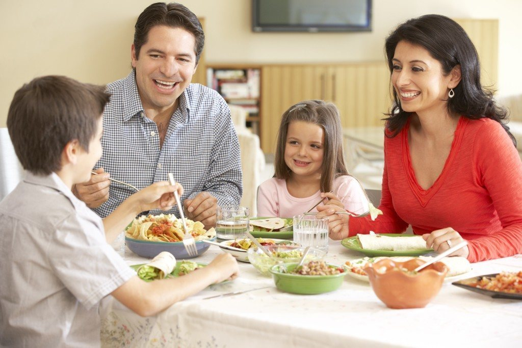 How to Help Your Family Eat Healthier